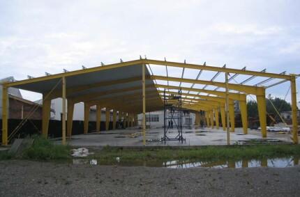 Fabrică de mobilă